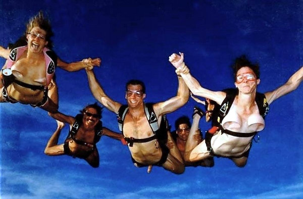 nude skydiving