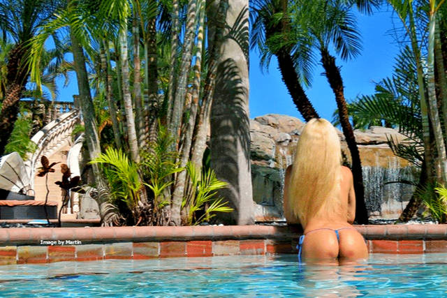 Caliente_Tampa_by_CalienteResorts