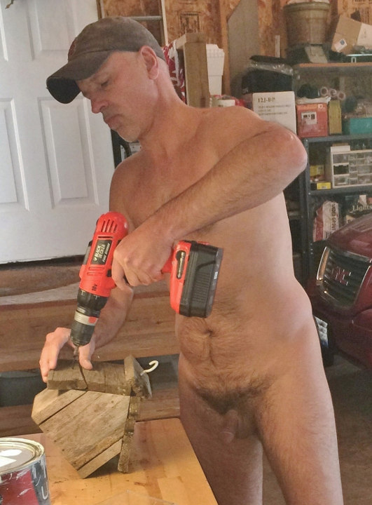 Nudist birdhouse maker